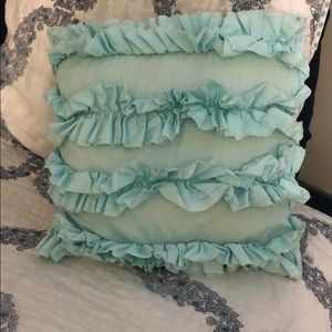 Pottery barn ruffle pillow